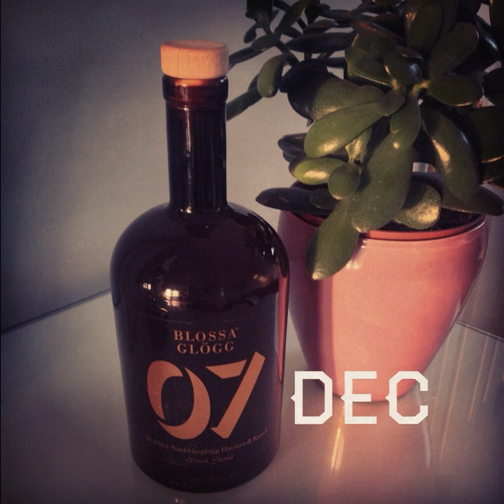 7 December – The yearly Blossa glögg (mulled wine) bottle from 2007
