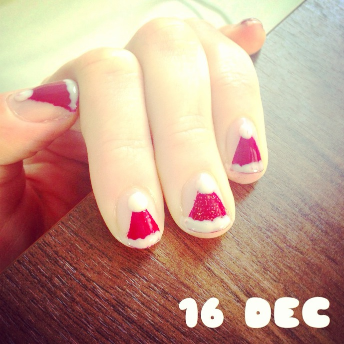 16 December – Christmas nails for the Christmas party